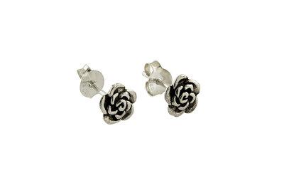 Zilveren oorsteker met zilveren bloempje