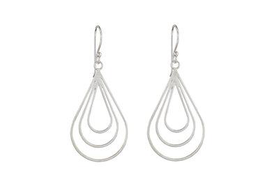Zilveren oorhangers in druppelvorm