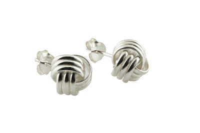 Zilveren oorsteker met zilveren knoopje